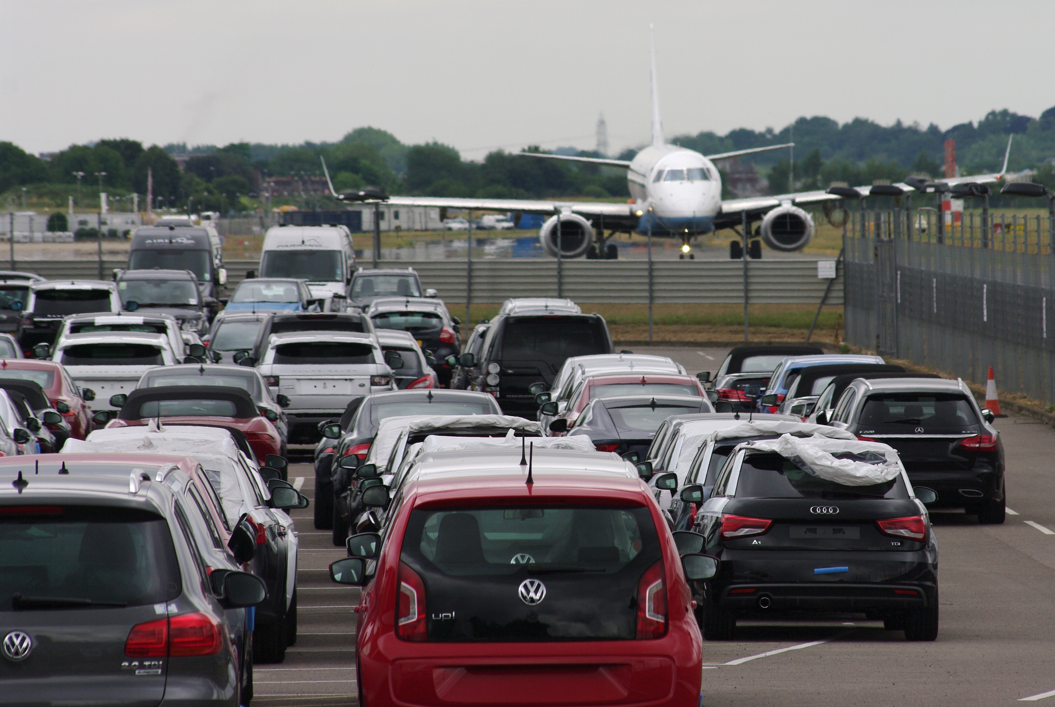 A Smart Way To Help You Choose Effective airport parking Melbourne Service!