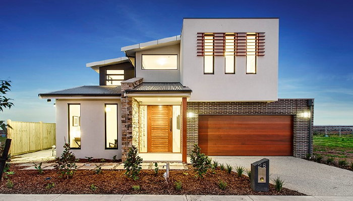 How to hire sloping block builders Melbourne for a stylish home?