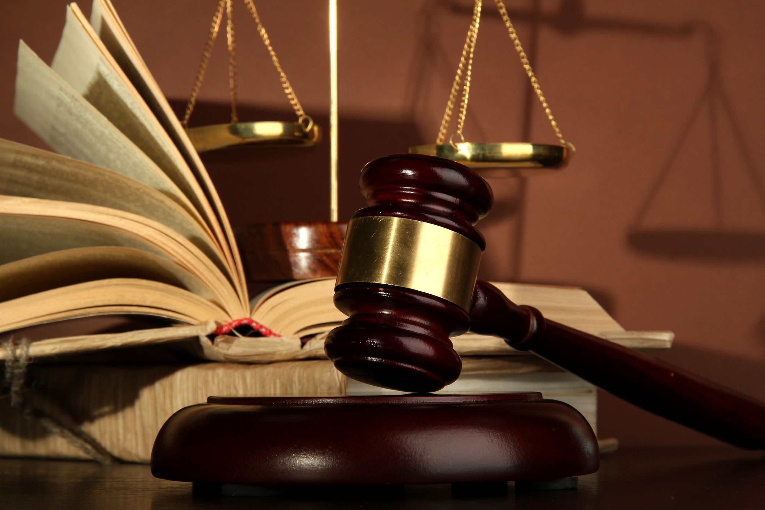 When Is The Right Time To Hire Litigation Lawyer? A Complete Guide!