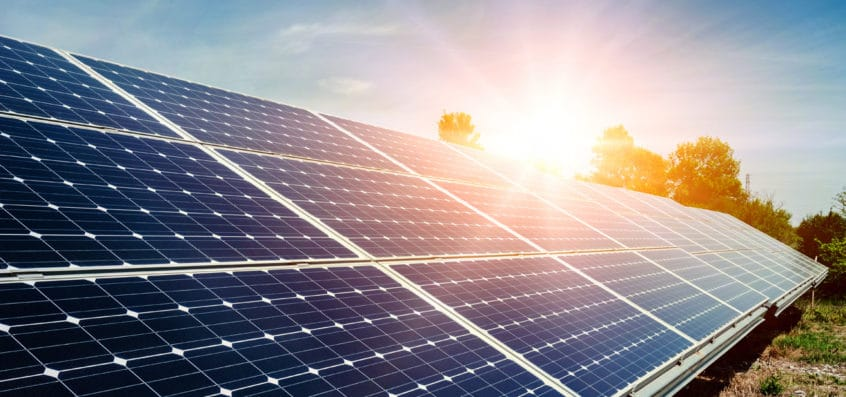What are the common uses and application of solar power?