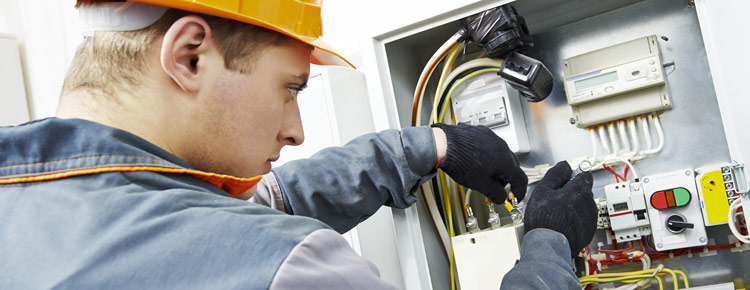 QUALITY ELECTRICAL CONTRACTORS FOR LARGE COMMERCIAL AREA