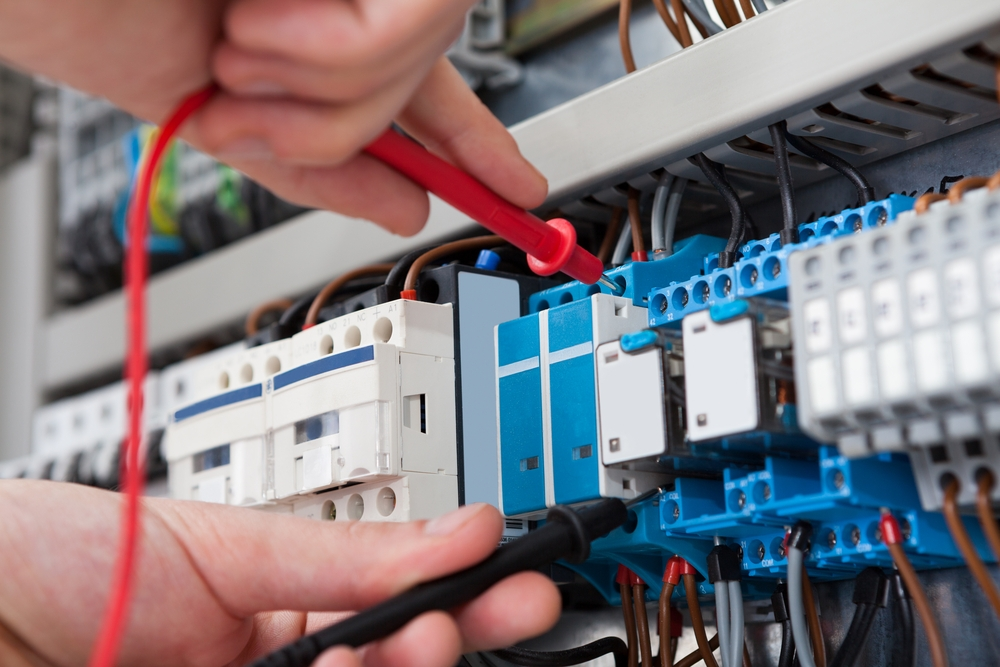 When Is The Right Time You Should Contact The Electrician?