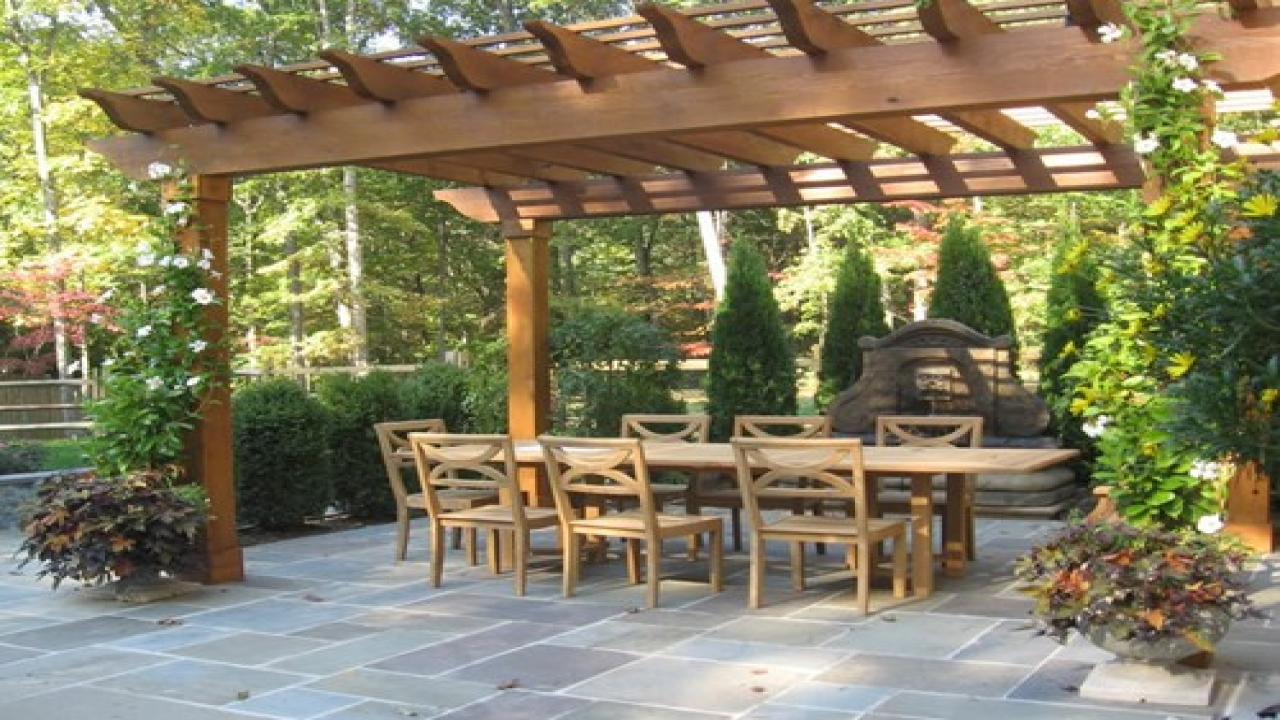 An Ultimate Guide to Style Outdoor Pergolas and Home Extension