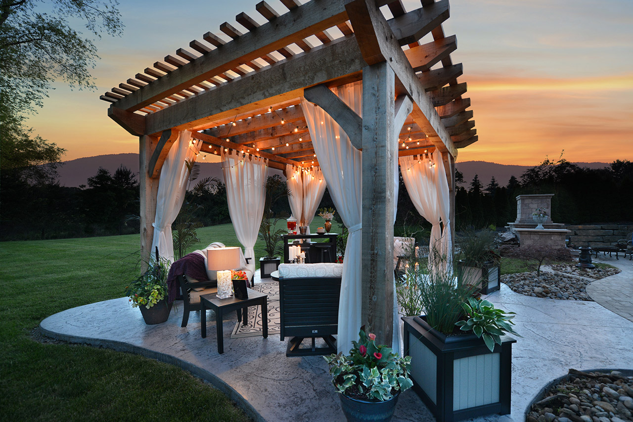 What Are The Best Pergola Designs You Can Implement in Your Backyard?