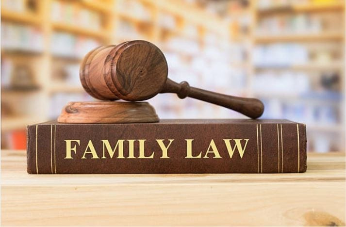 Family lawyers – Best solution to your traumatic family problems