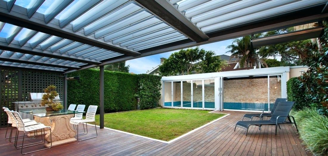What Is The Best Wood For An Outdoor Pergolas & Decking Style?