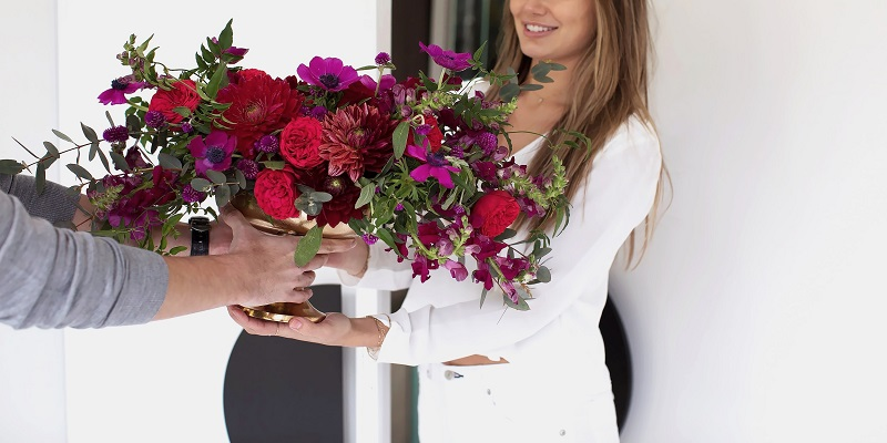 Why Should You Choose An Online Flower Delivery Services?